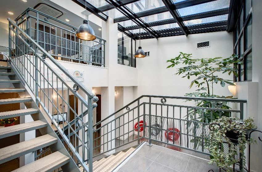 surgical ophthalmology clinic Paris